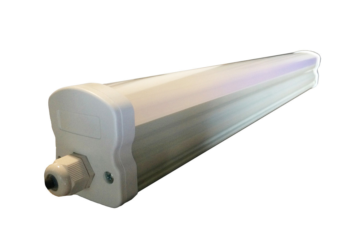 Industrial Extrusion LED Batten Strip Lights , Parking Lots Led Batten Fitting With Diffuser